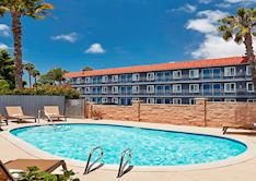 Managers Special - 10% OFF at SureStay Hotel by Best Western - San Diego/Pacific Beach